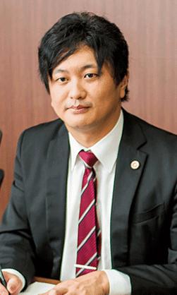 弁護士江藤